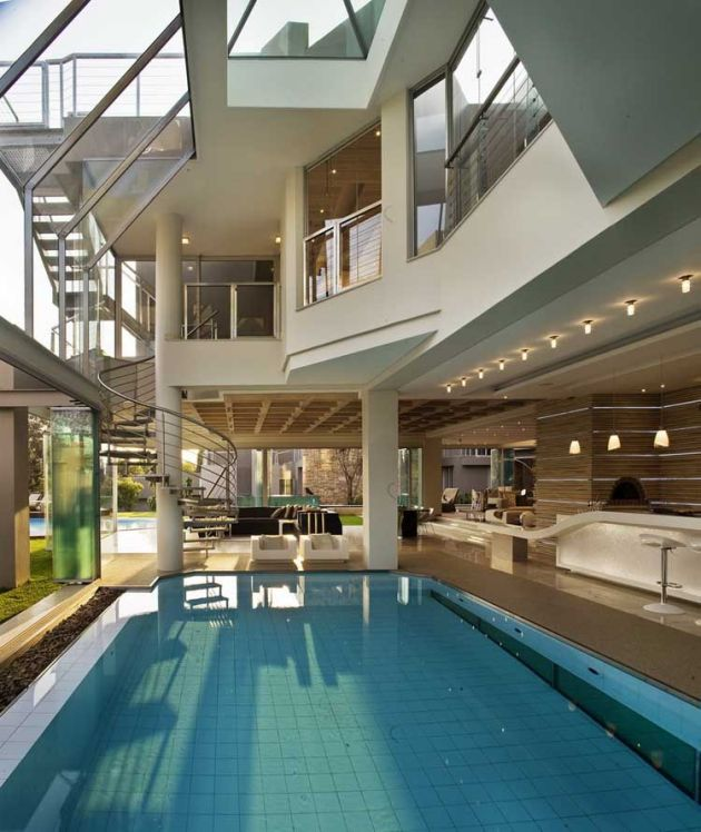 Modern open plan glass house pool interior design ideas for Pool house interior